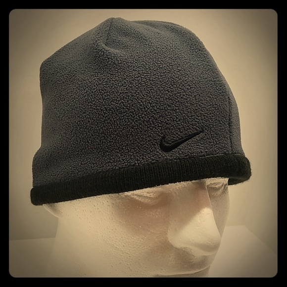 c3b3e02b26f55 Nike small winter hat beanie cap boys youth size. M 5bf20a78c89e1dd067ea5c1f